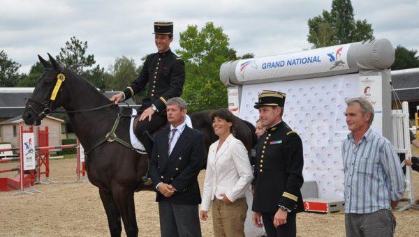 Saumur : Arnaud Boiteau vainqueur de la Pro élite
