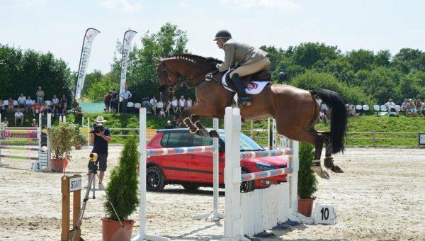 Sandillon : victoire de Donatien Schauly!