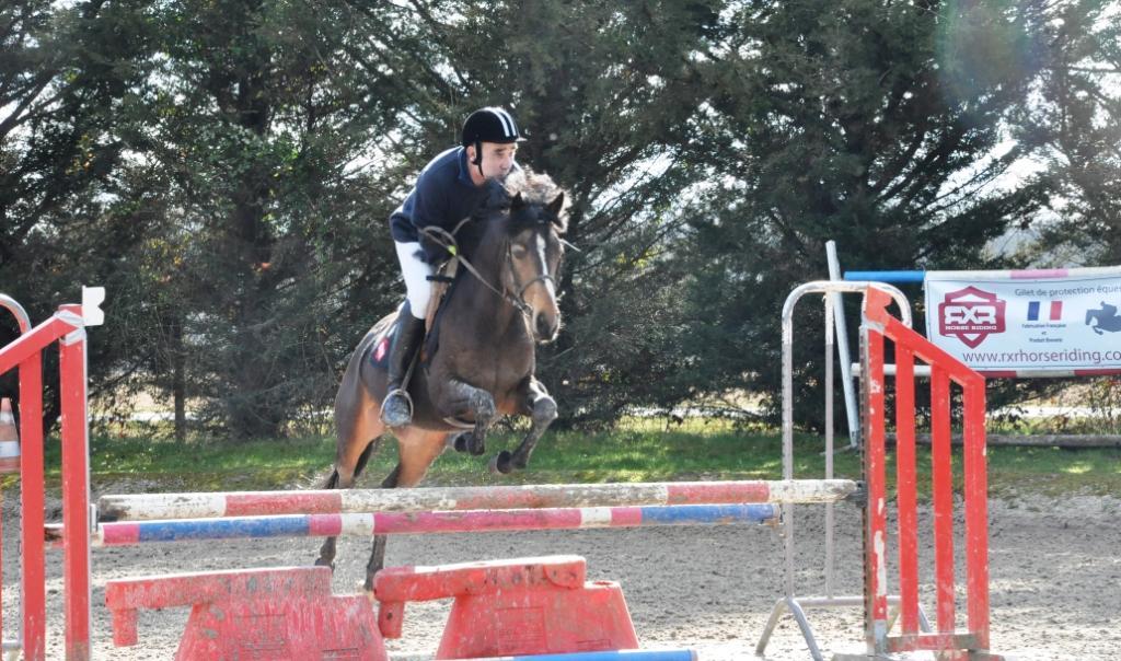 Didier Tesson et le poney de son élevage