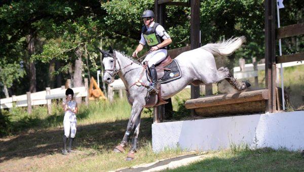 Saumur : Upsilon gagne les 7 ans (bis)