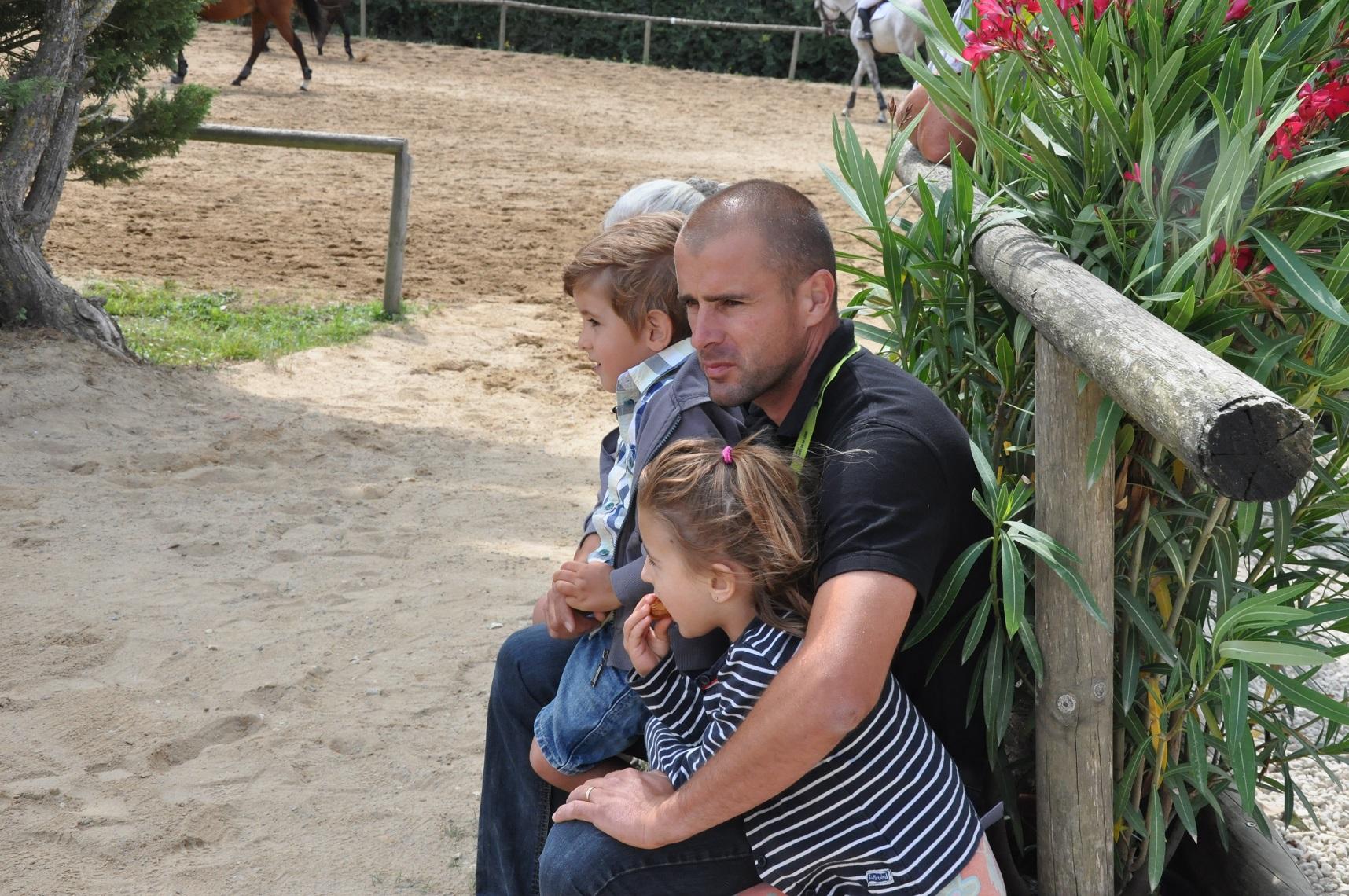 Matthieu Grasset et ses enfants