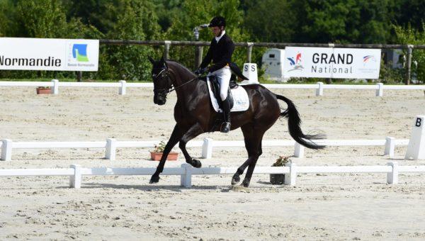 Lion d'Angers : Nicolas Touzaint, les 2 pieds sur le podium provisoire