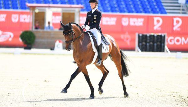 Ingrid Klimke : Conseils pour garder son cheval heureux et en bonne santé dans son travail