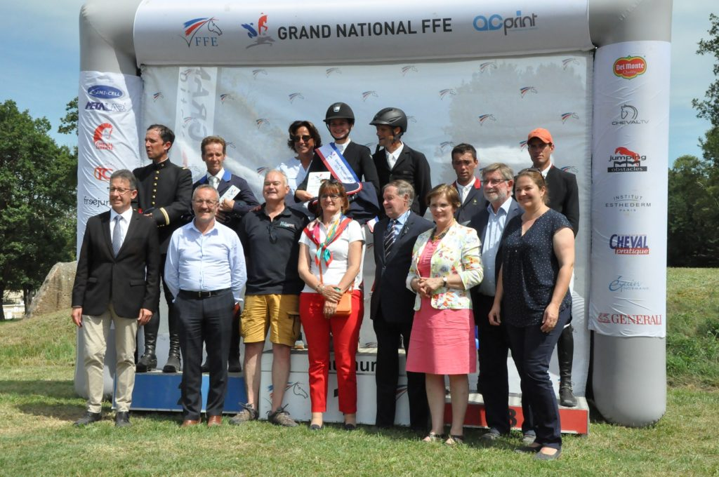 Grand National : Un podium hommage